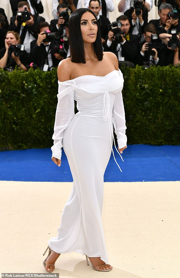 White light: This one in 2017 was celebrating the opening of Rei Kawakubo/Comme des Garcons: Art of the In-Between. The Selfish author had on a white Vivienne Westwood off-the-shoulder dress with no jewelry and strappy heels
